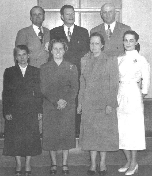 Eerwaarde en mevrouw William Branham, eerwaarde en mevrouw Gordon Lindsay, eerwaarde en mevrouw Jack Moore, Anna Jeanne Moore