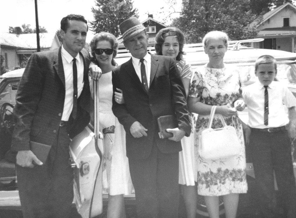 George Smith met de familie Branham in 1965